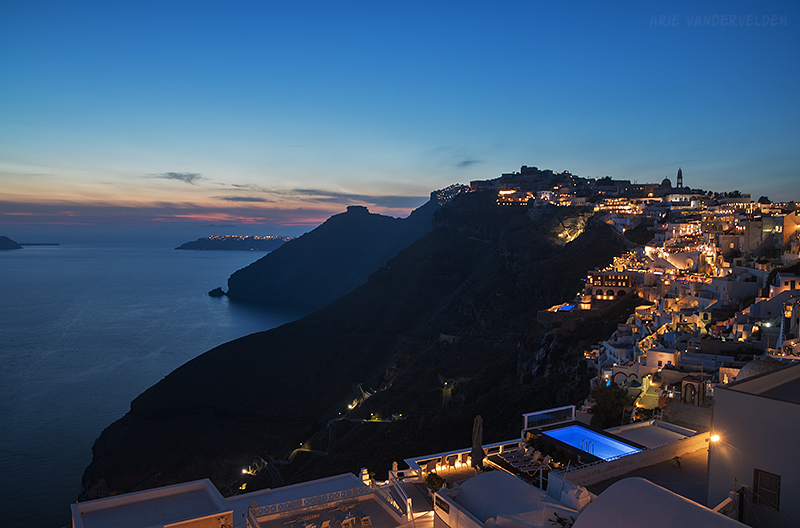 Blue hour, Fira.